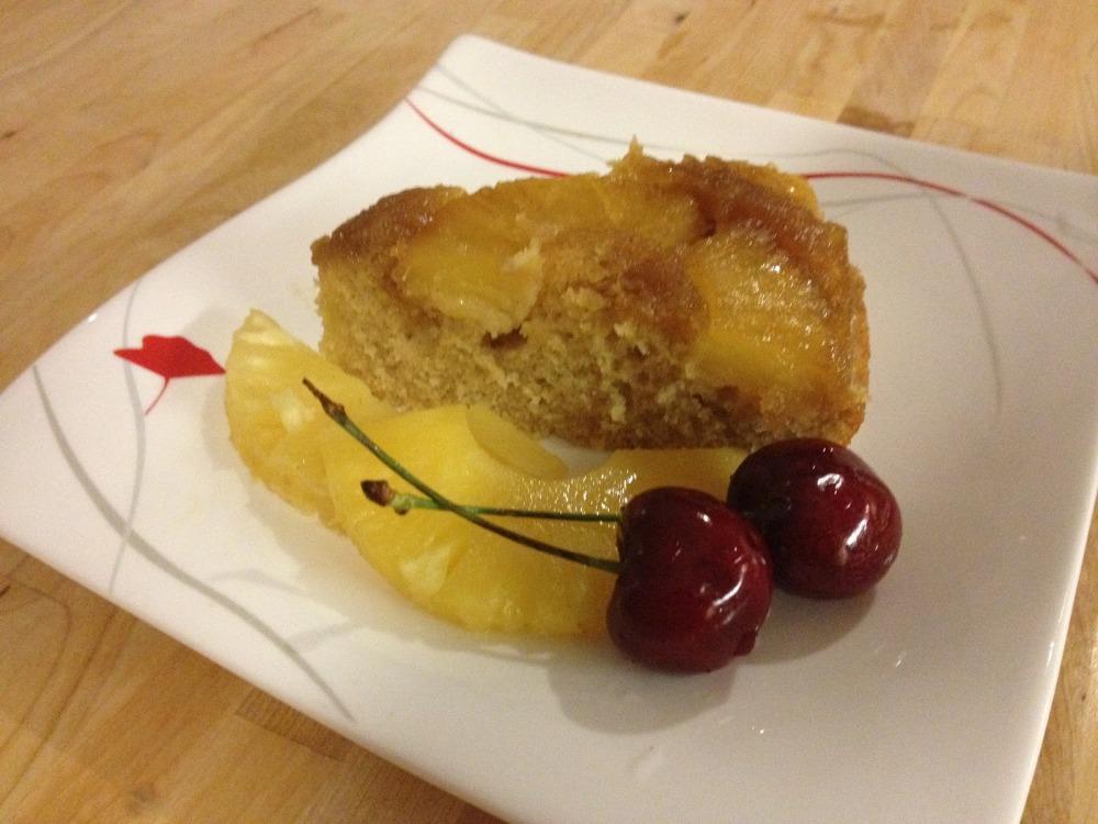 Pineapple Rum Cake (1/6)
