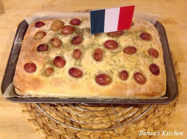 Schiacciata con L'uva (Italian Grape Harvest Bread) (1/6)